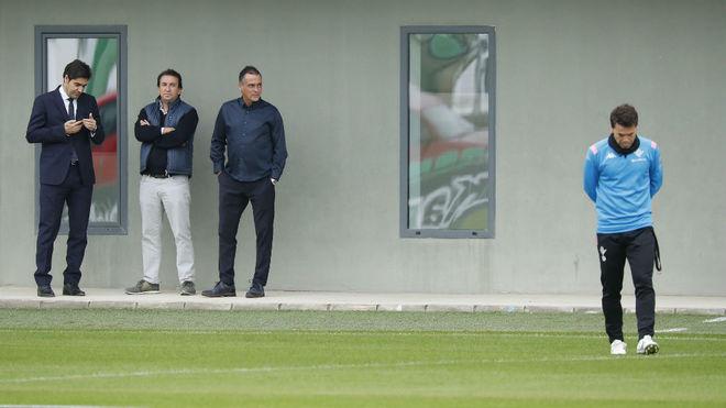 Rubi es destituido y Alexis Trujillo se hará cargo del Real Betis