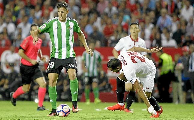 Oficial | Alex Alegría, segunda salida en el Real Betis