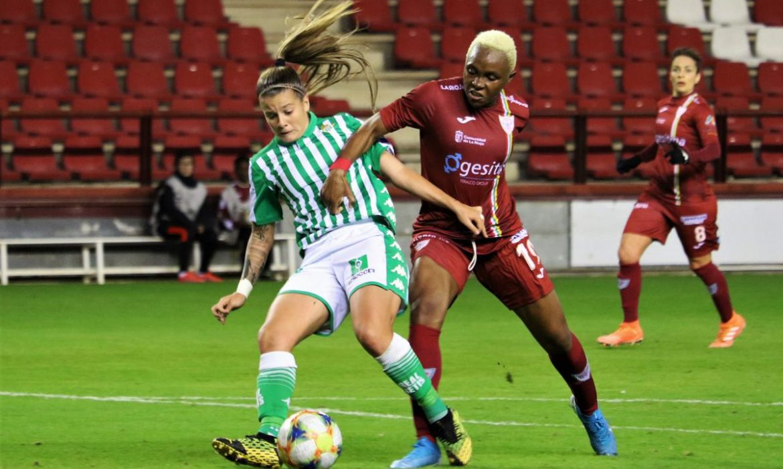 Poderío físico en la defensa del Real Betis Féminas