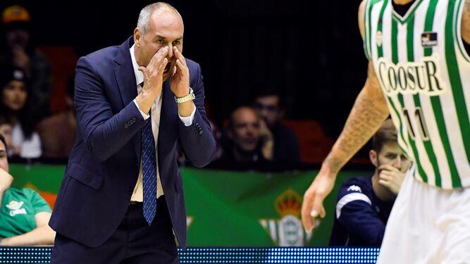 Baloncesto | Curro Segura es destituido como entrenador del Coosur Betis