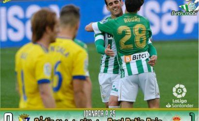 Crónica | Cádiz CF 0 – Real Betis Balompié 1: Béticos, levantaos