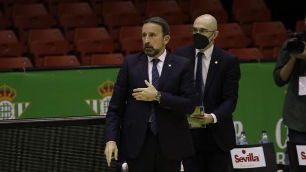Baloncesto   Joan Plaza continuará en el Coosur Real Betis la temporada 2021/22